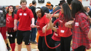 Sophomores race to win the hula hoop relay