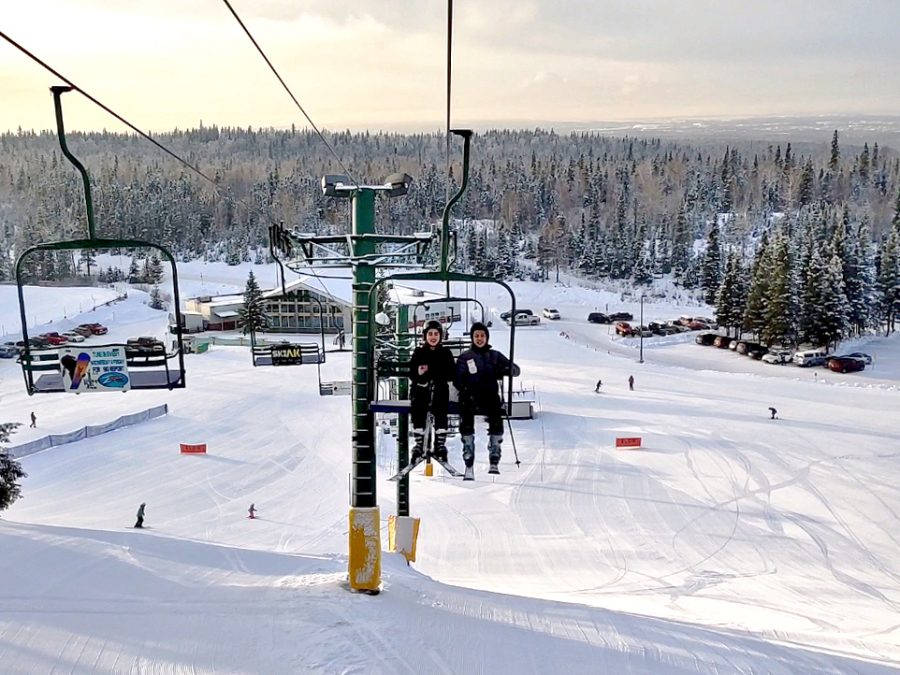 Partner Club members going up the Hilltop Ski Area